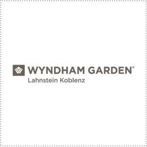 two_heads_Wyndham_Lahnstein