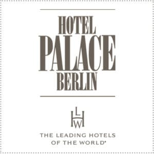 two_heads_palace_berlin